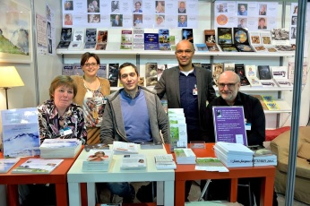 Flora PANESI, Marie-Isabelle TASSET, Laurent NIZETTE, Bou BOUNOIDER, Jean-Jacques RICHARD au Stand ACRODACROLIVRES